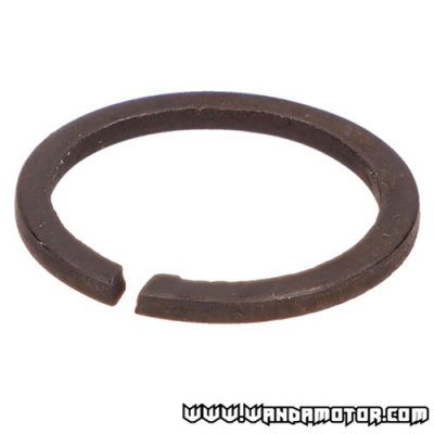 #16 AM6 snap ring 18mm